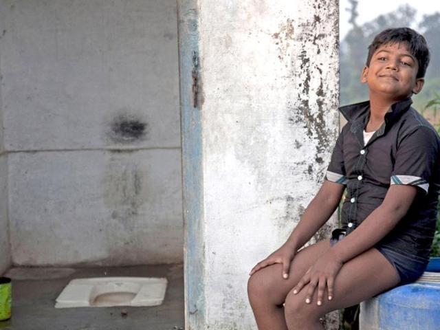 Kejriwal,Toilets,BJP