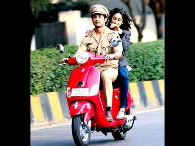 Shahid Kapoor,Phata Poster Nikla Hero,Movie review