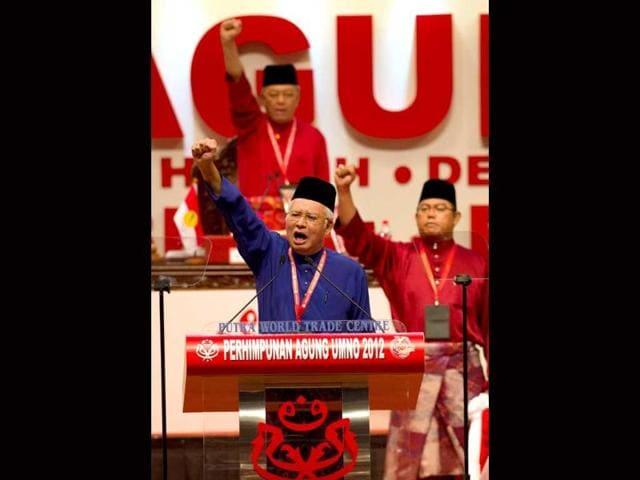 Najib Razak,Wall Street Journal,Malaysia