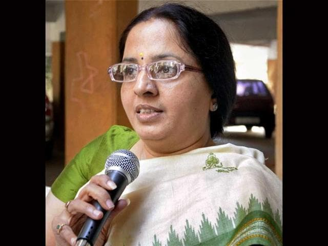 Jagruti-Pandya-wife-of-former-Gujarat-minister-Haren-Pandya-talking-to-the-media-in-Ahmedabad-PTI