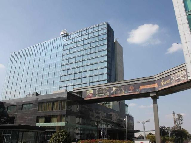 The-Sheraton-Brigade-Gateway-offers-a-luxury-getaway-for-city-residents-and-a-convenient-comfortable-stay-for-business-travelers-Photo-Abhijit-Patnaik