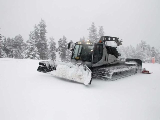 A-snowplow-prepares-a-ski-slope-on-November-28-2012-at-the-Font-Romeu-ski-resort-in-the-French-Pyrenees-a-few-days-before-the-the-opening-of-the-winter-season-on-Saturday-Photo-AFP-Raymond-Roig