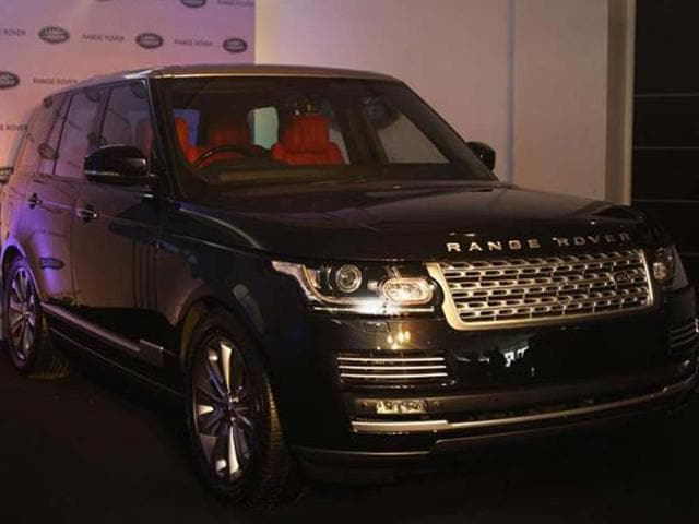 The-latest-Range-Rover-is-lighter-more-spacious-prices-start-at-Rs-1-72-crore