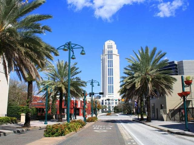 Orlando-tops-the-list-as-the-most-popular-destination-for-Americans-this-Christmas-and-New-Year-Photo-AFP-Carl-Stewart-shutterstock-com