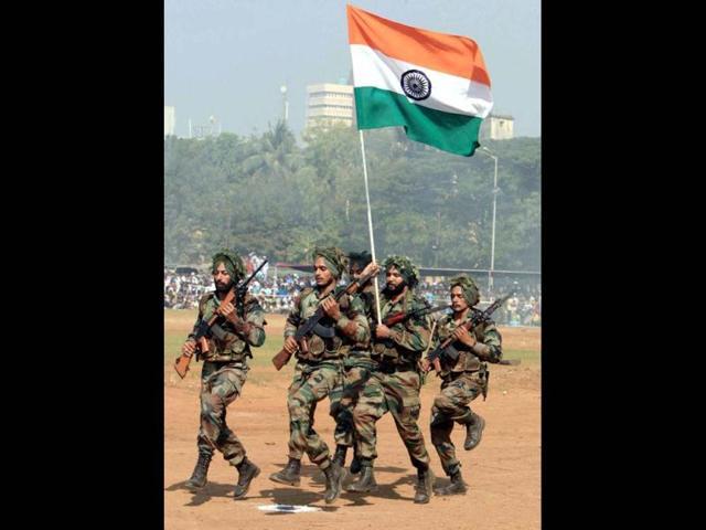 Army foils infiltration bid, three intruders killed