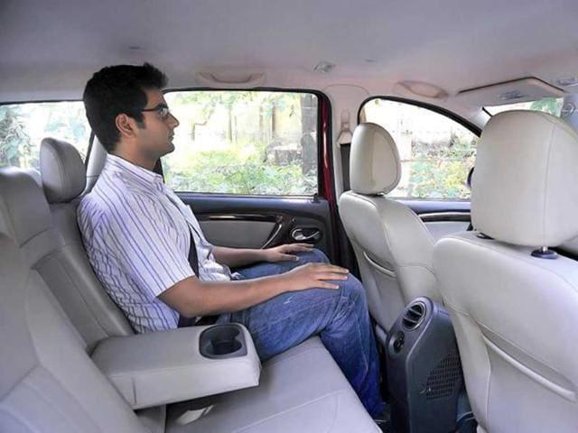 Renault Duster vs Mahindra XUV500
