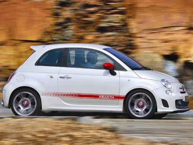 Fiat 500 Abarth Review Test Drive Autos Hindustan Times