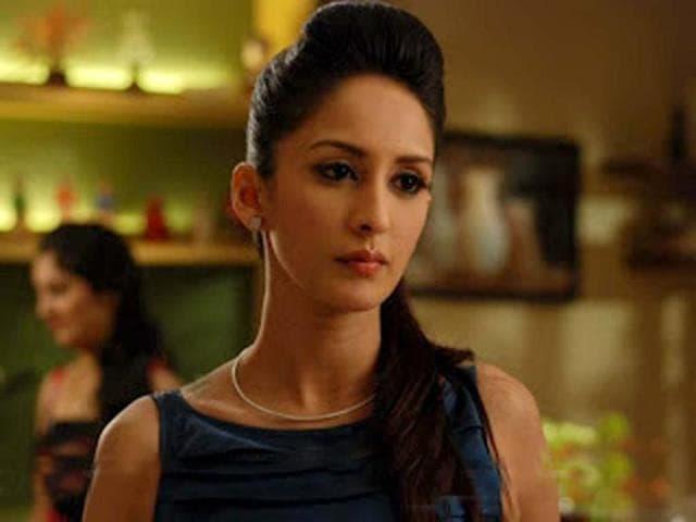 TV-actress-Chahatt-Khanna