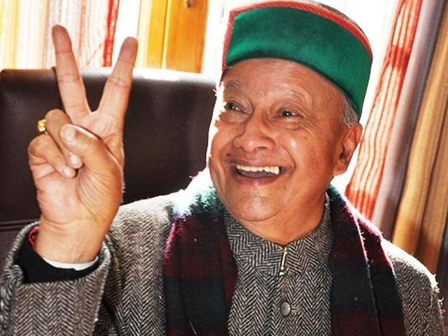 Congress-leader-Virbhadra-Singh-flashing-victory-sign-after-victory-of-Congress-in-the-Himachal-Pradesh-elections-in-Shimla-UNI-Photo