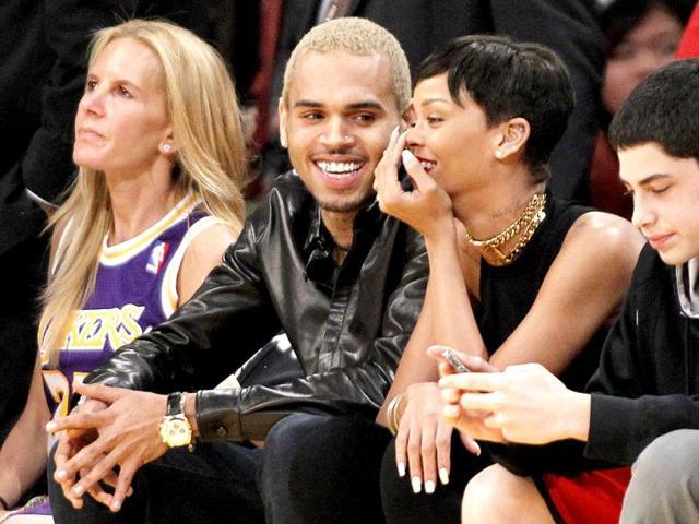 Rihanna,chris brown,mercedes benz