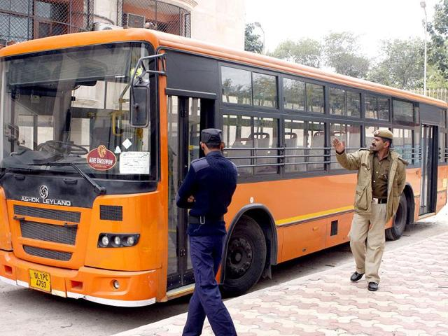 The-cluster-bus-in-which-a-minor-girl-was-molested-by-the-conductor-is-seen-at-Mandir-Marg-Police-Station-in-New-Delhi-HT-Sushil-Kumar