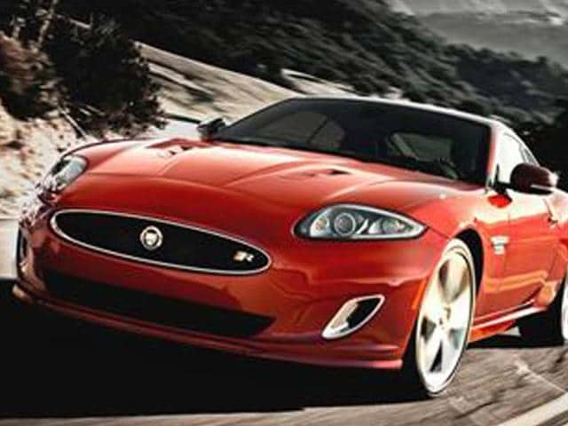 Jaguar-coup-to-take-on-a-luxury-GT-role-with-the-launch-of-the-F-type-sports-car