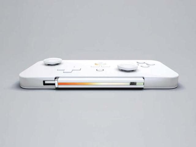 The-GameStick-prototype-inside-its-controller-Photo-AFP