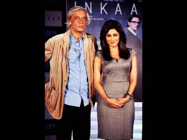Filmmaker-Deepa-Mehta-embraces-director-Sudhir-Mishra-at-the-premiere-of-Rang-Rasiya-AFP-Photo