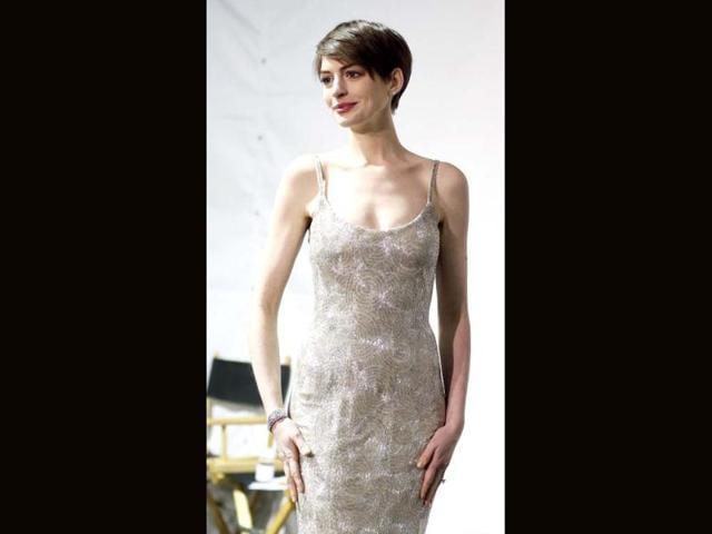 Anne Hathaway,Chloe Moretz,Sam Rockwell