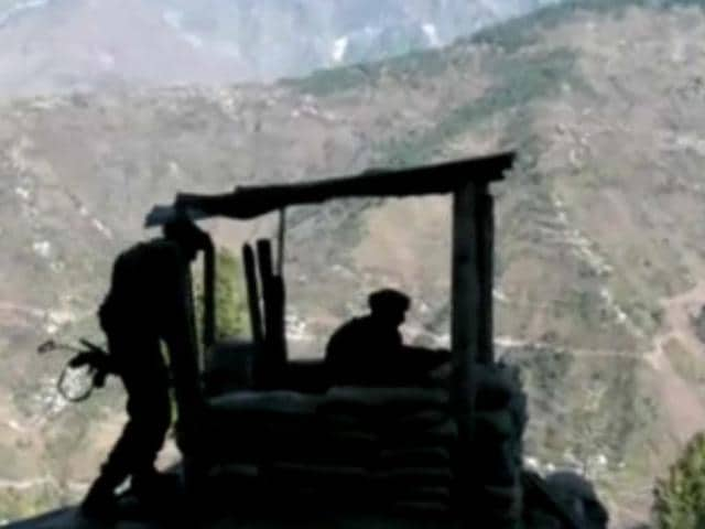 Fresh-incidents-of-unprovoked-firing-from-the-Pakistani-side-have-been-reported-at-the-five-posts-in-the-Krishna-Ghati-and-Sona-Gali-sectors-near-LoC-in-Jammu-and-Kashmir