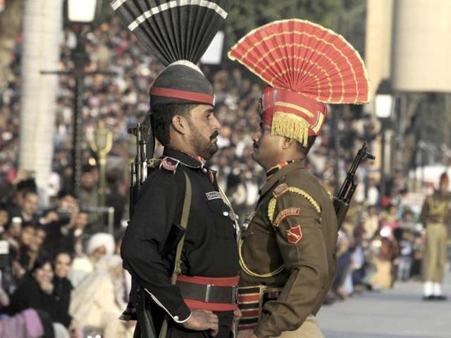 Wagah border,India-Pakistan armies,Eid festival
