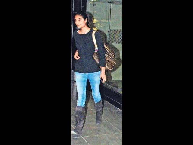 Suniel-Shetty-s-daughter-Athiya-Shetty