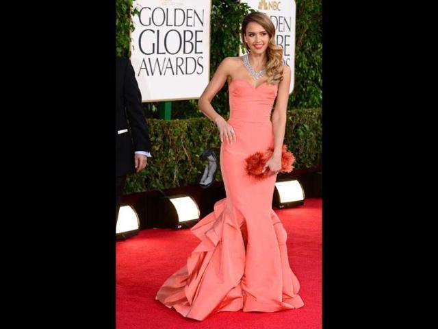 Jessica-Alba-pretty-as-always-in-a-peach-gown-AFP-Photo