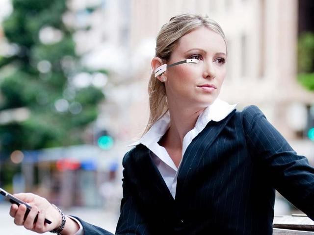 Vuzix-M100-Smart-Glasses-Photo-AFP