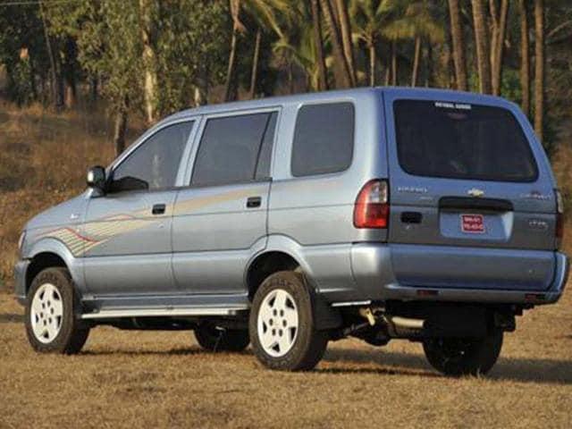 Chevrolet Tavera SS-D1 Neo 8-seater