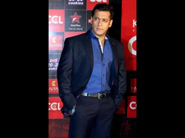 Bollywood-actor-Salman-Khan-promoting-his-film-Ek-Tha-Tiger-in-Lucknow