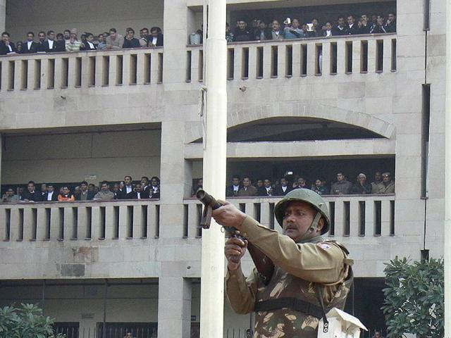 firing outside rohini court