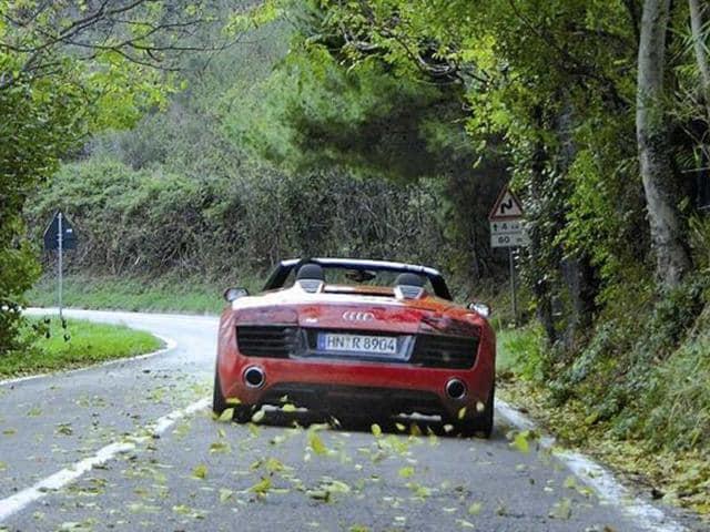 Audi R8 facelift review, test drive