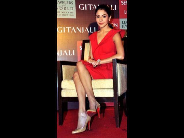 Bollywood-film-actress-Anushka-Sharma-brand-ambassador-for-Gitanjali-Jewels-launches-the-Season-of-Love-offer-in-Mumbai-AFP-PHOTO