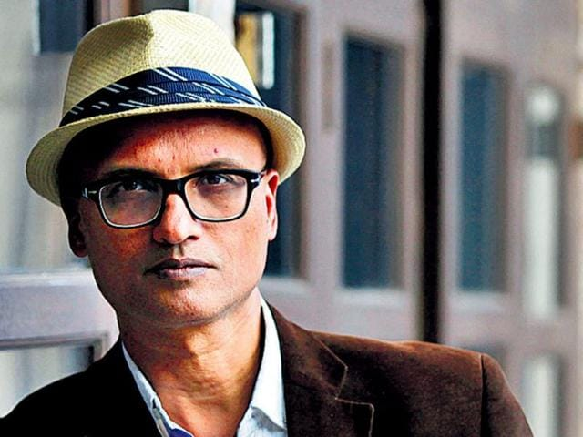 Poet-and-first-time-novelist-Jeet-Thayil-won-the-DSC-prize-for-South-Asian-Literature-2013-for-Narcopolis-HT-photo