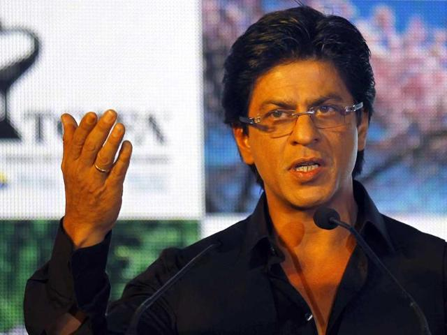 I am paranoid about switching on the TV: Shah Rukh Khan