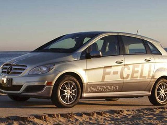 Nissan-Mercedes-and-Ford-team-for-fuel-cell-tech