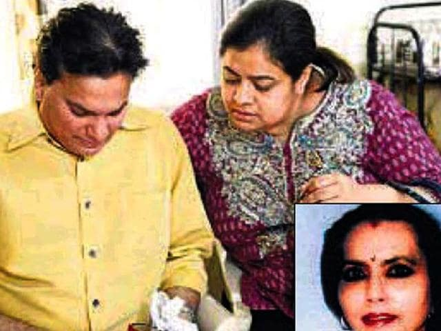 Music-composer-Lalit-Pandit-seen-here-Jatin-Lalit-s-sister-went-missing-on-Dec-13-2012-with-20-lakh-worth-jewellery-Inset-Jatin-Lalit-s-missing-sister