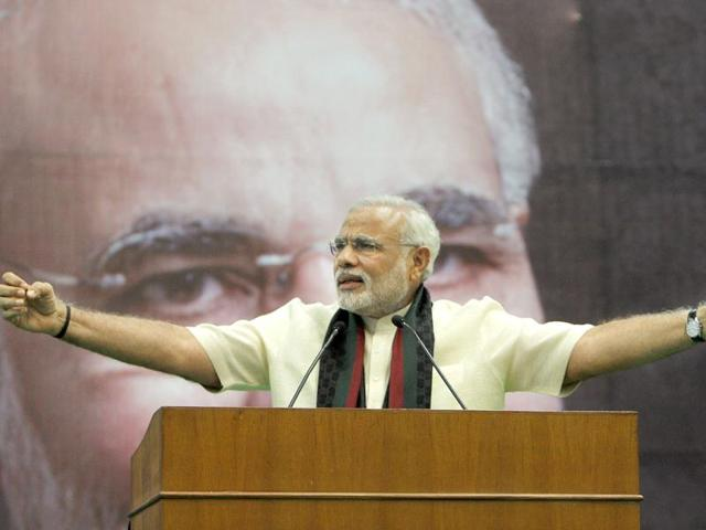 Modi 'best weapon' for BJP; Pawar calls him 'inflated balloon'