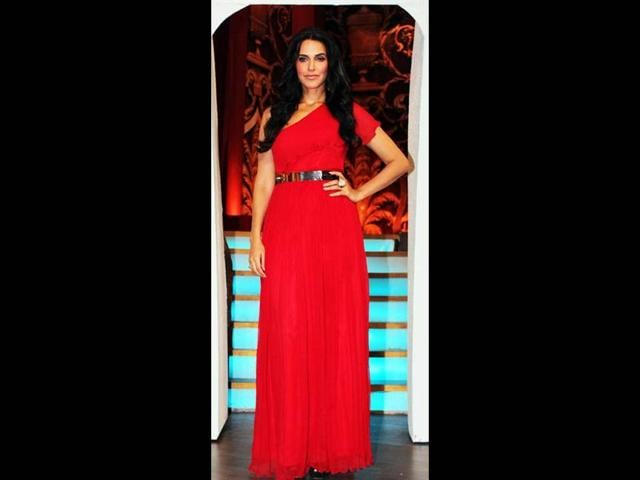 Neha-Dhupia-looks-classy-in-a-blood-red-one-shoulder-gown