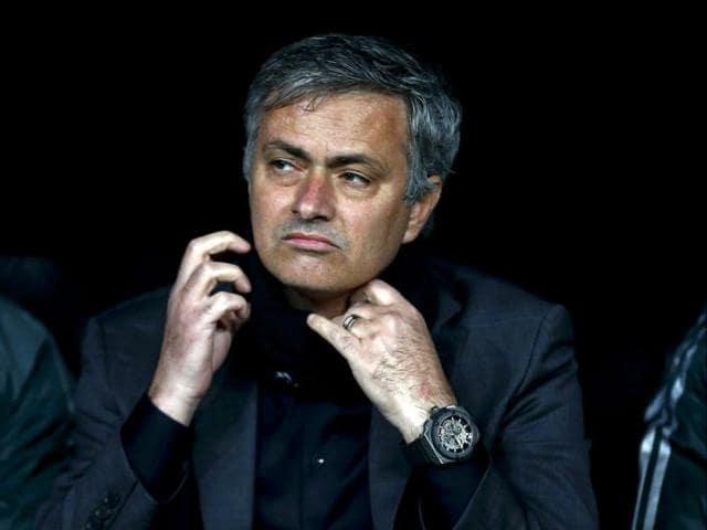Jose Mourinho,chelsea,Premier League trophy