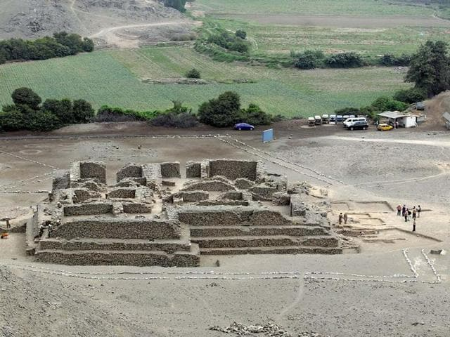 Peru-s-Culture-Ministry-of-a-recently-discovered-ancient-temple-believed-to-be-about-5-000-years-old-at-the-archaeological-site-of-El-Paraiso-some-40-km-northeast-of-Lima-Photo-AFP-Ministerio-De-Cultura
