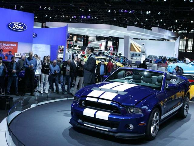 2013-Ford-Mustang-Shelby-GT500-Convertible-Photo-AFP