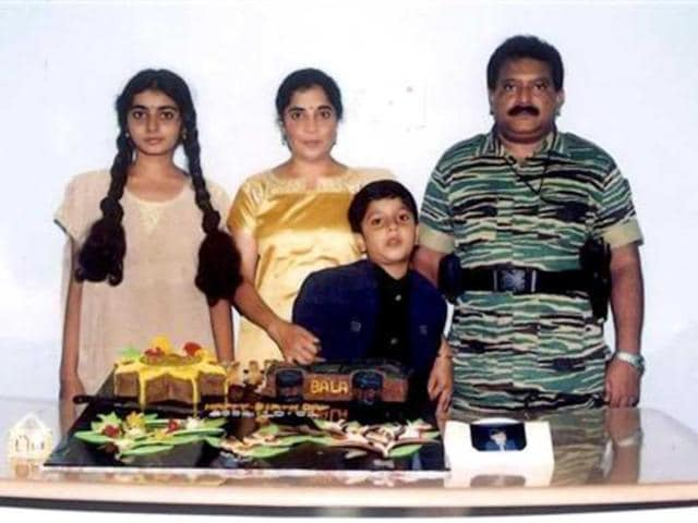 The-late-LTTE-chief-Vellupillai-Prabhakaran-R-standing-with-his-wife-Mathivathani-2nd-L-son-Balachandran-and-daughter-Duwaraka-L-in-this-handout-photo-Reuters-Sri-Lankan-Ministry-of-Defence
