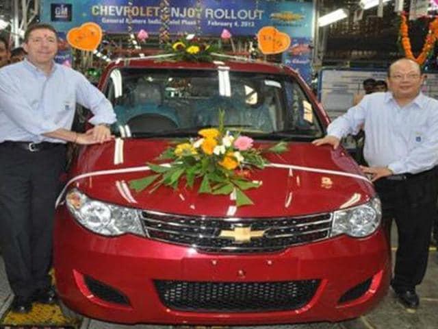 Chevrolet-commences-Enjoy-MPV-production