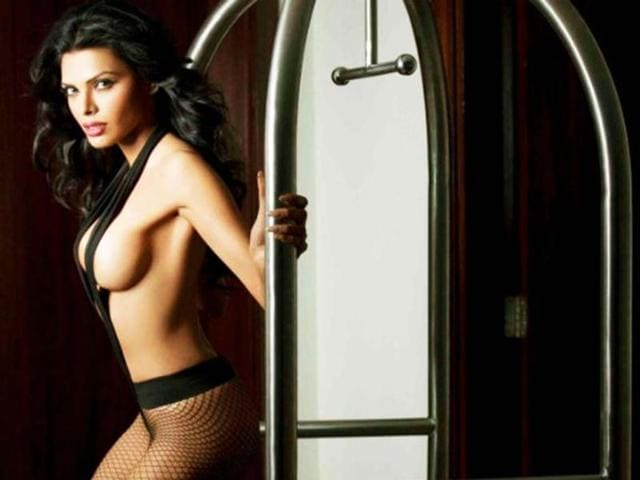 Wet N Wild Sherlyn Chopra Photo Credit Sherlynchopra Twitter