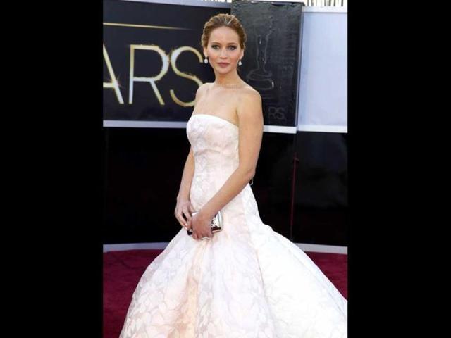 Jennifer Lawrence,Jennifer Lawrence Oscar fall