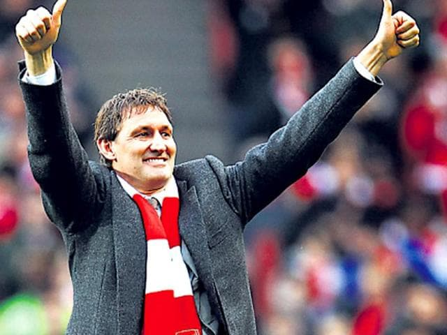 Former-Arsenal-player-Tony-Adams-has-begun-a-clinic-to-help-sportsmen-Getty-Images
