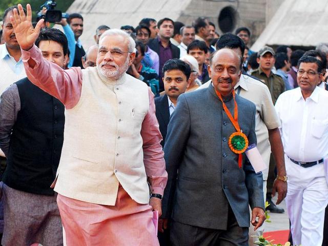 Modi popularity, RSS kept MP CM out of BJP panel