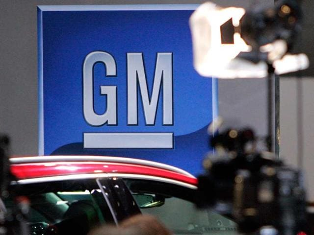 US auto sales post modest gains in February