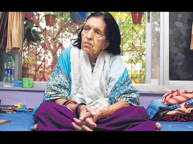 Veteran Bollywood singer faces poverty, neglect by film industry