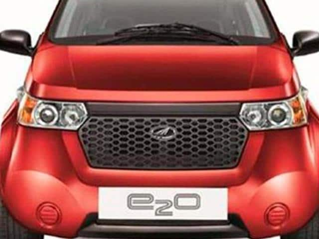 Mahindra Reva launches e20