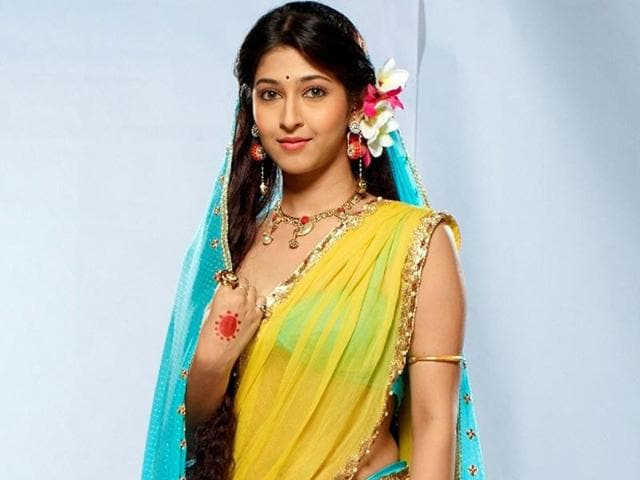 Sonarika-Bhadoria-Whether-it-s-her-devotion-towards-her-husband-Shiva-or-her-affection-towards-her-three-children-Parvati-Devon-ke-Dev-Mahadev-portrays-every-emotion-perfectly-You-must-never-miss-her-Durga-avtar-She-can-give-you-goose-bumps