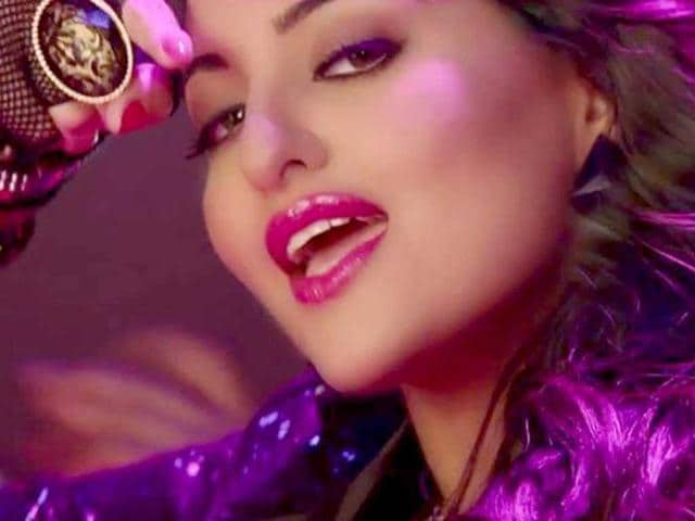 No item song for Sonakshi Sinha