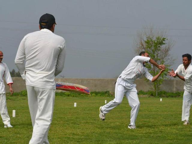 Fawad Ahmed,pakistani cricketer,graveyard